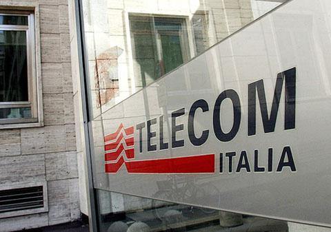 Telecom Italia: stop scorporo rete, vendita Telecom Argentina e torri in Italia/Brasile