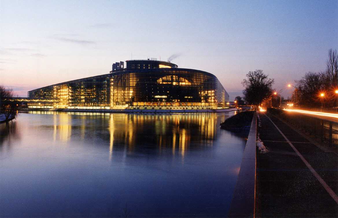 Le_Parlement_europeen_Strasbourg