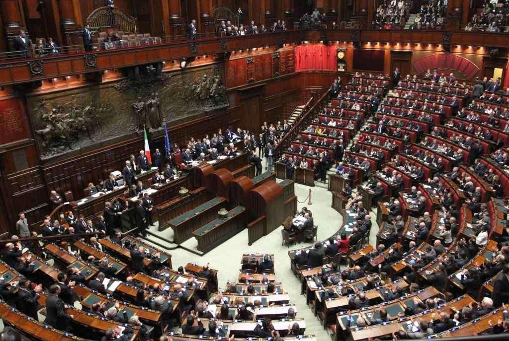 Camera dei deputati al via la commissione per internet for Camera deputati centralino