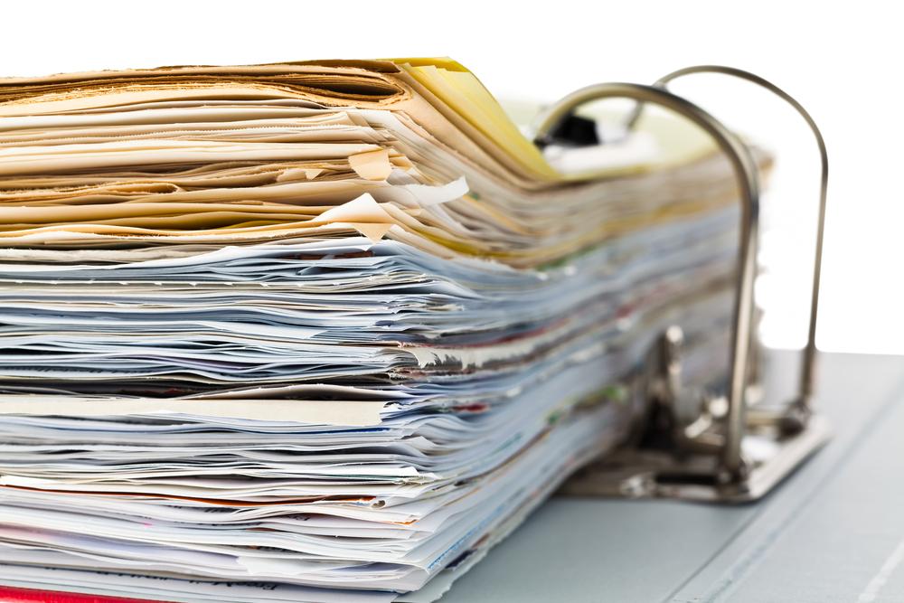 La carta pesa ancora nelle aziende la met dei for Carta di soggiorno documenti