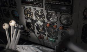 cockpit-1245935_1920