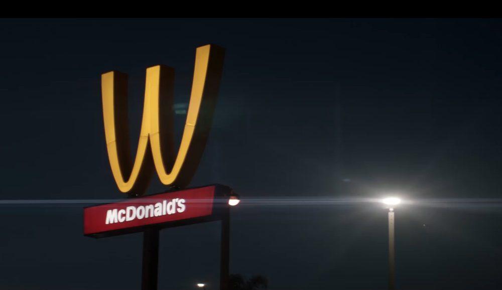 mcdonald's festa della donna logo rovesciato